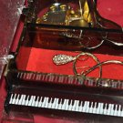 PIANO JEWELRY MUSIC BOX MADE IN JAPAN PLAYS ''MEMORIES'' Mixed Material