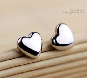 """NEW!!! 100%  925 Sterling Sliver Cute """"HEART"""" Stud Earring One Pair Beautiful"""