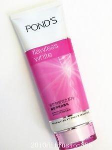 *NEW* POND'S flawless white Deep Lightening Cleansing Foam 100g