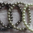 Set of 4 Pearl Bracelets in Off White, Light Gray & Pewter