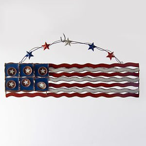Glitzhome Iron Flag Wall Décor White and Red Wave Pattern