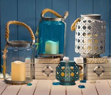 Glitzhome LED Iron Hollowed-out Pattern Coastal Candle Hanging Lantern