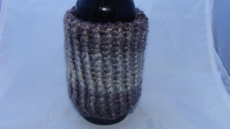 Bulky grey bottle/can koozie