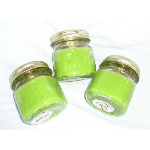 Jar Candle Country Dreams Green Color Strong Scent NEW