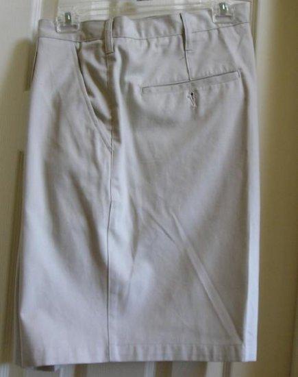 Mens Shorts Size 44 Waist Wrinkle Resistant Gr8 Color NEW!