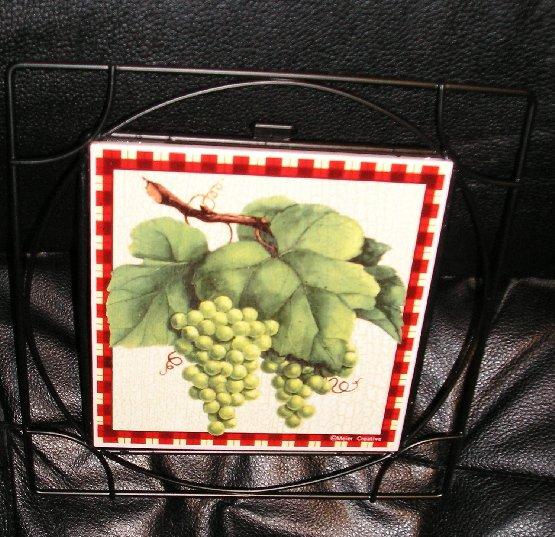 Country Grapes Trivet Giftco Tile Trivet Metal Trim NEW