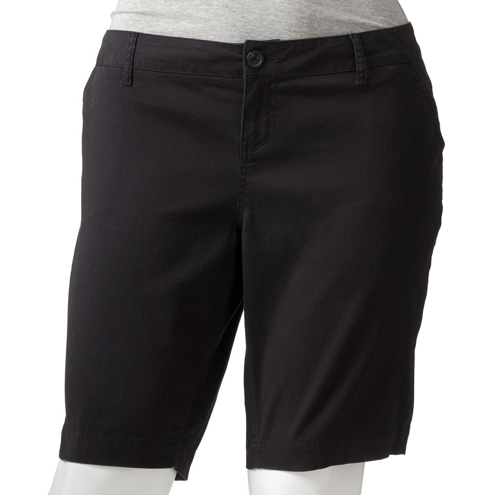 NEW SO Bermuda Shorts in Juniors Plus Size 24 in Black $38.00