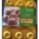 New Nordic Ware Bite-Sized Bundts YELLOW Formed Aluminum Bakeware # 008065