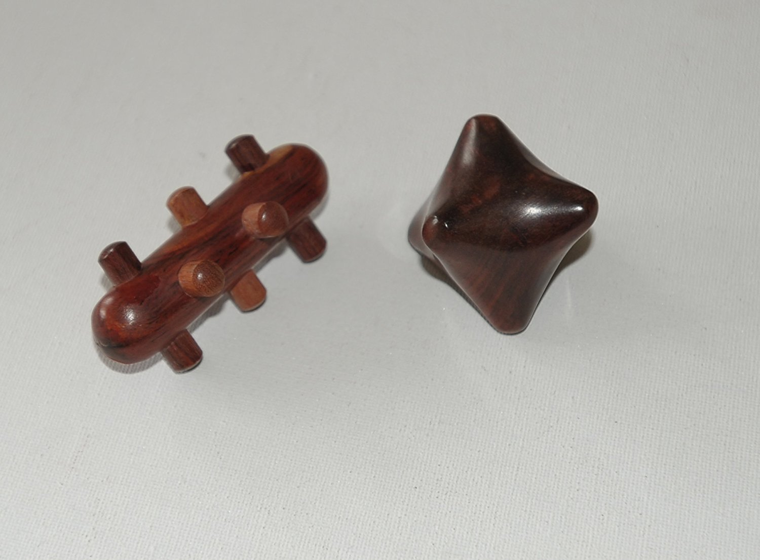 set of two different kinds of Massage Knobbles,Save your thumbs from the stress of trigger point the