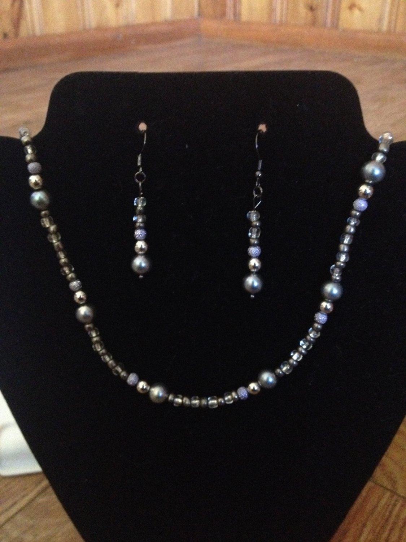 Grey bead set