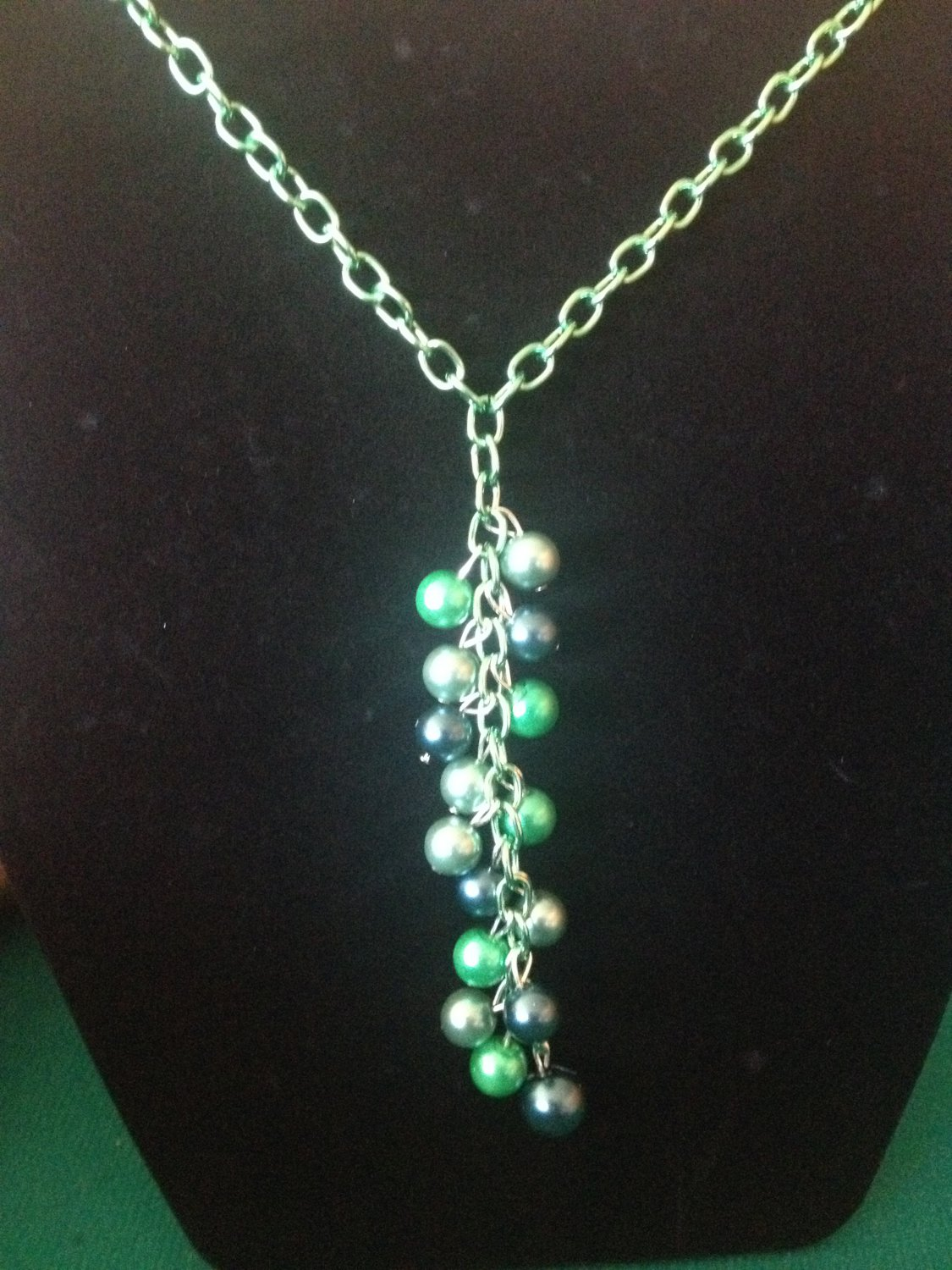 Green pearl and chain neckalce