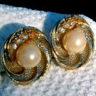 VINTAGE RHINESTONE & FAUX PEARL EARRINGS (E106)