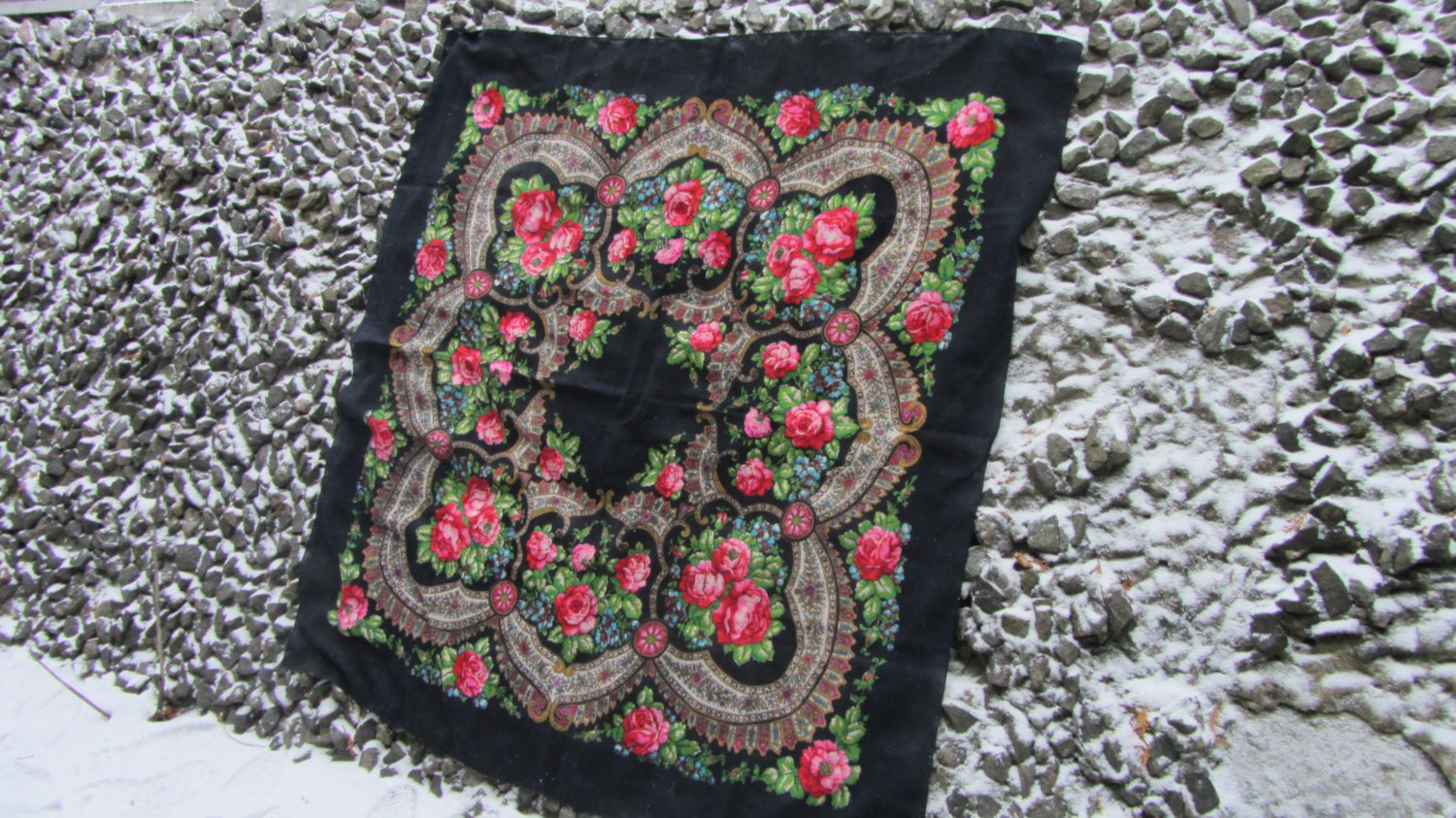 Vintage Ukrainian shawl, Russian shawl, black Wool shawl, Tablecloth, Floral Shawl ,Shawl With Tasse