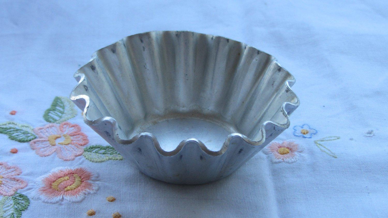 USSR antique Baking Tins, Unused Metal Molds for Cake, Retro Kitchen Utensils, Tin Tableware