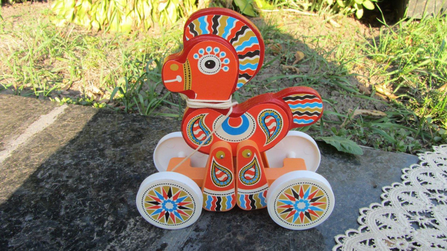 Vintage Great wooden horse pull toy, Wooden/Plastic horse toy, Stickers ornament woden toy, Pull hor