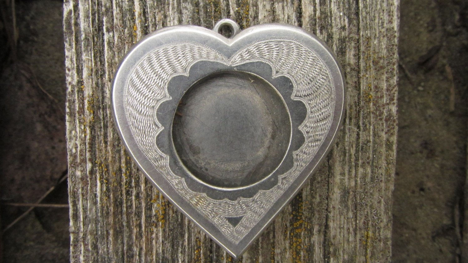 Photo Jewelry Pendant Necklace Heart, Vintage Engraved Heart Photo Pendant Small, Personalized Photo