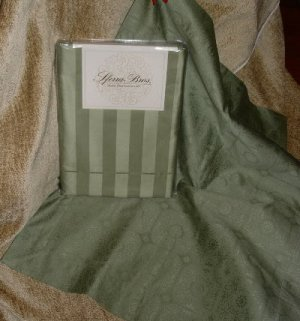 1 Pr.Sferra Presidio Pillow Shams-Standard-Basil