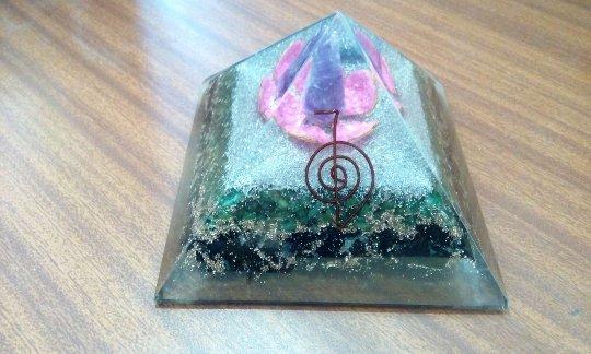 Energy Enhancer Orgonite With Amethyst Magic Flower - Huge Size - 5 Inch On Base