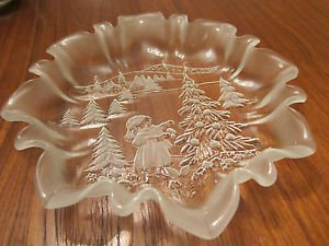 """Mikasa Crystal Christmas Story Round Serving Plate - 10"""""""