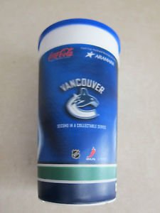 Vancouver Canucks NHL 32 oz Plastic Coffee or Tea Mug w/ cover, Hologram image
