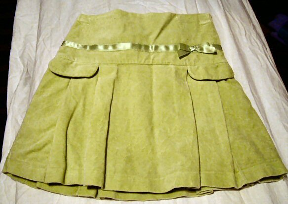 The Childrens Place Green Velour Pleated Skirt Girls 6