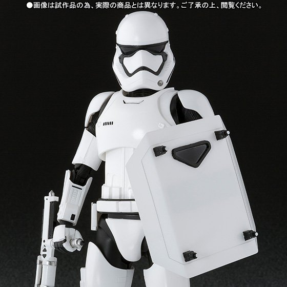 [Premium BANDAI] Exclusive S.H.Figuarts Star Wars First Order Storm Trooper (Shield & Baton set)