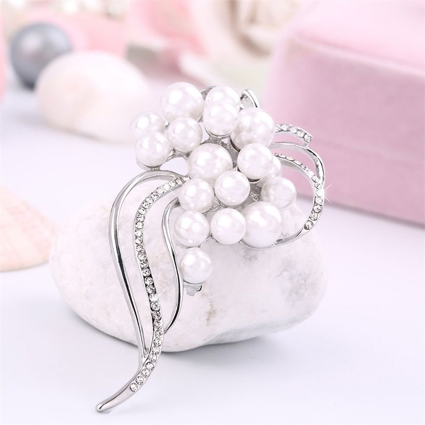 Elegant Charm Silver Crystal Unique Shape Brooch Present Accessory Present FE