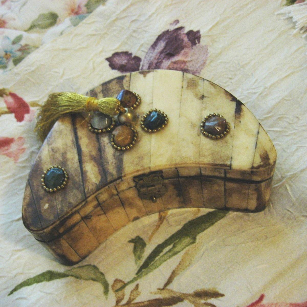 Handmade Crescent Shaped Camel Bone Trinket Box, 5.5 Inches