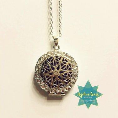 Silver Star Diffuser Necklace