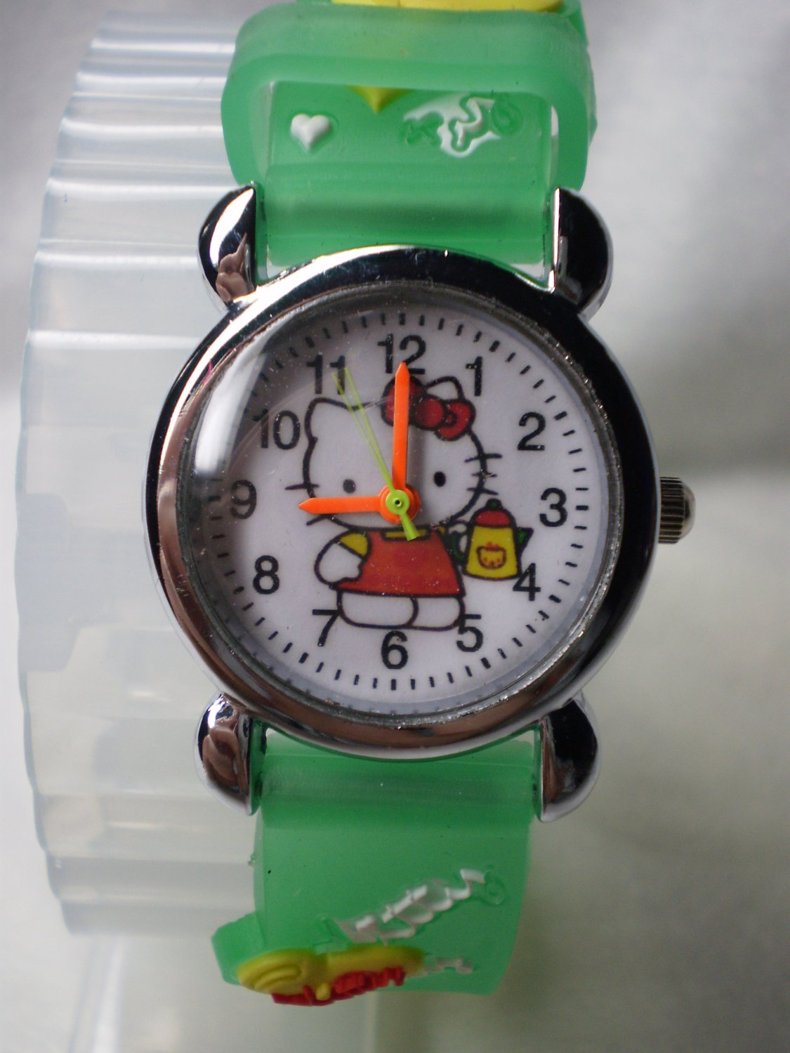 Hello Kitty 3 dimensional wrist children watch with green rubber band