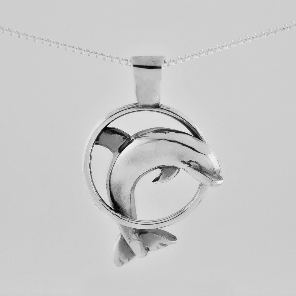 Silver 925 pendant of a Dolphin with 925 necklace ! Sterling Jewelry Gift & love