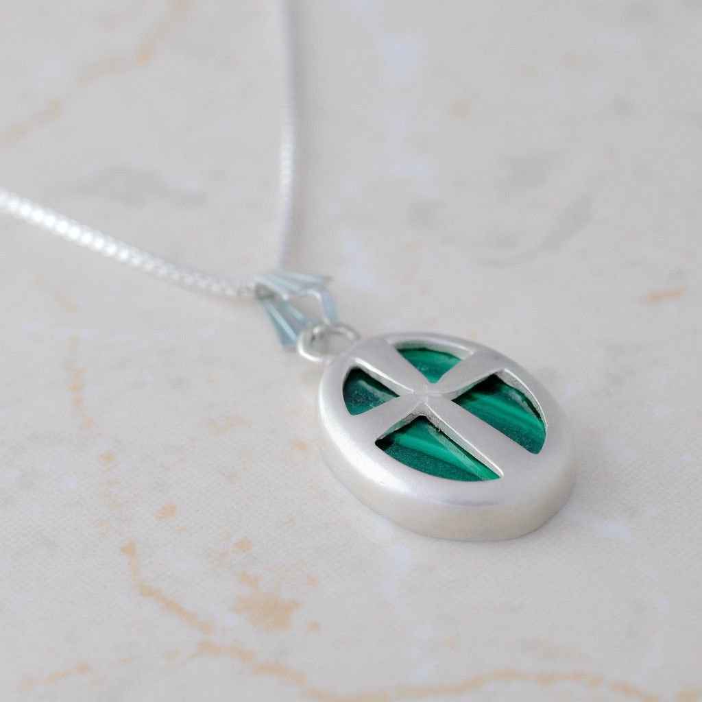 Silver necklace & pendant of cross set Malachite stone ! israel quality jewelry
