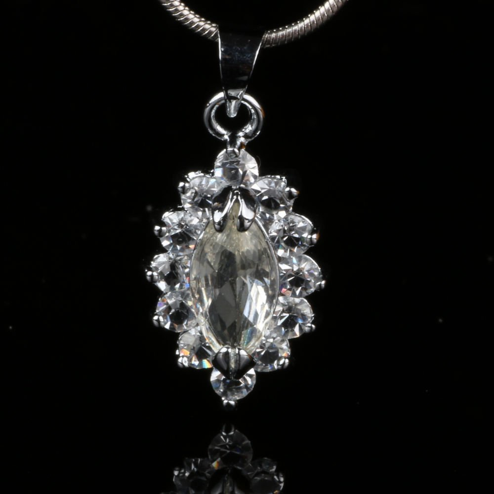 Fashion white gemstone silver plated pendant and necklace
