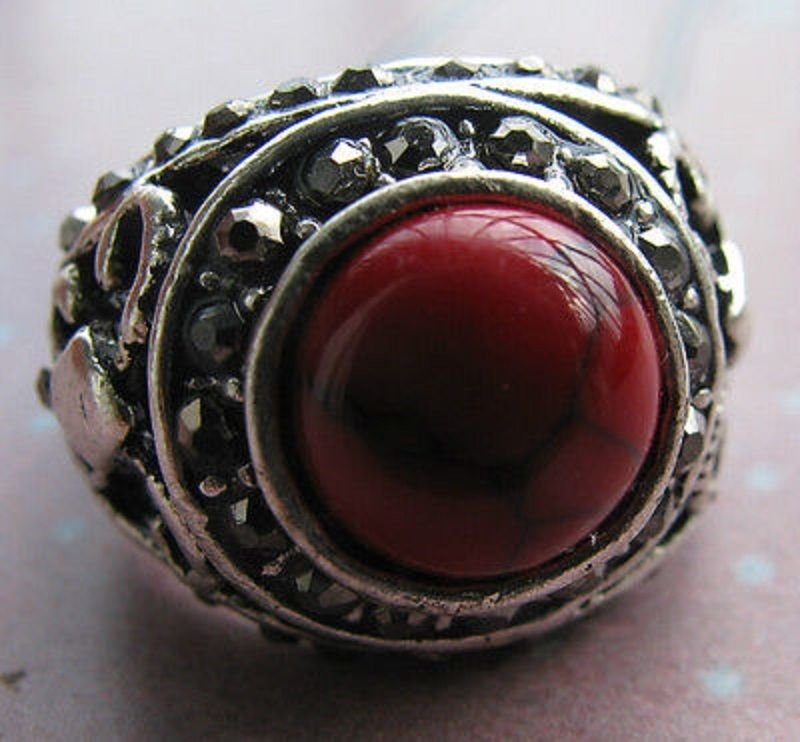 Fashion retro natural red coral Thailand silver ring size 9.5 ! Gift & Jewelry