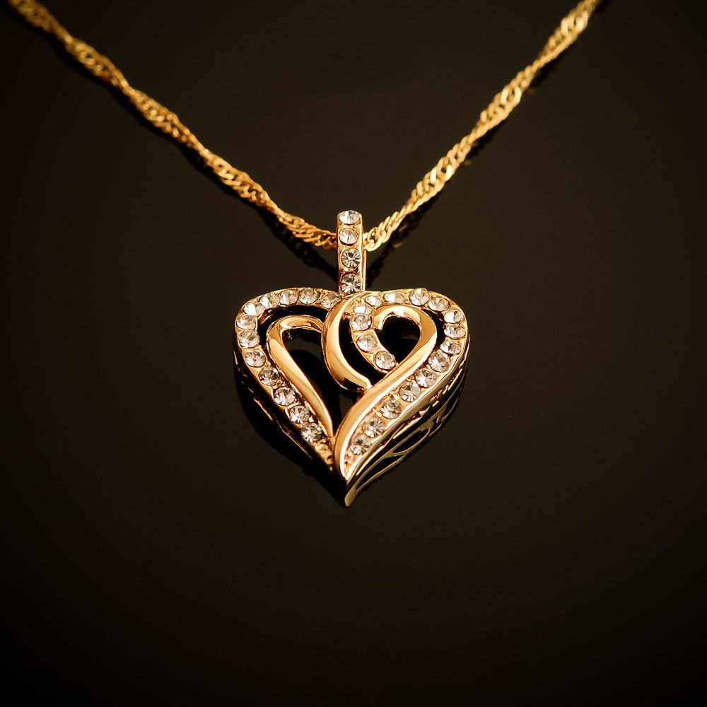 Fashion 18k gold plated heart zircons pendant & chain ! Jewelry Gift & Love