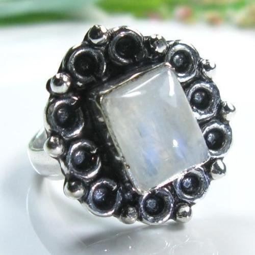 Pretty special silver & rainbow moonstone ring size 6 ! Gift Jewelry and Love
