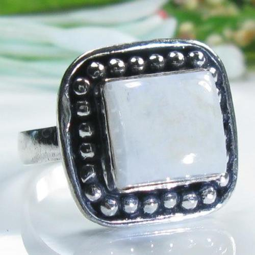 Fine special silver & rainbow moonstone ring size 6 1/2 ! Gift Jewelry and Love