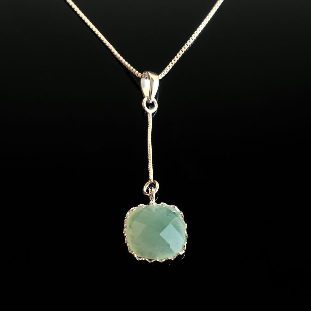 Sterling silver 925 green Agate gemstone pendant & necklace ! Gift & Jewelry