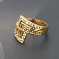 Fine design 18K gold plated ring set & Rhinestone size 7 ! Gift Jewelry & Love