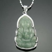 Pretty 18k gold plated Elegant Jade Pendant Necklace ! Gift Jewelry & Love