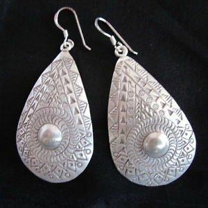 Fashion earrings Hill tribe Genuine silver boho tribal Gothic dangle thai ER95