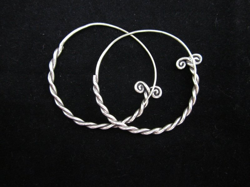 Fine Fashion Silver Earrings Hill tribe Boho Hipster Pigtail Twist ا�أ�راط ER99
