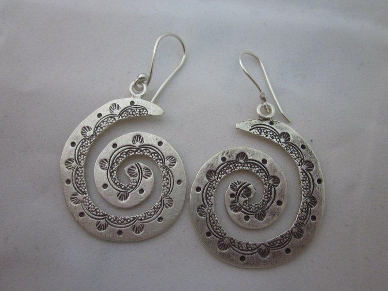 Fine Fashion Silver Earrings Hill Tribe Tribal Gypsy Hipster BOHO Spirale ER113