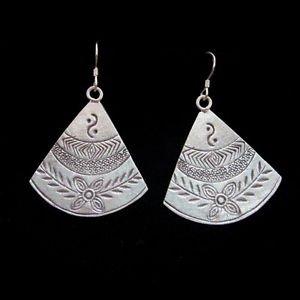 Hill tribe Silver Earrings Dangle BOHO Schmuck OHRH�NGER Ohrringe ا�أ�راط  ER165