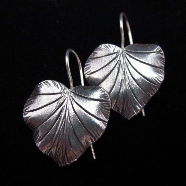 Thai Hill Tribe Earrings Fine Silver karen Tribal leaf nature ER137