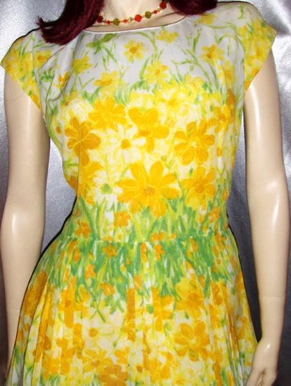 Flirty 50s Springtime Floral Pleated Circle Skirt PARTY DRESS M.