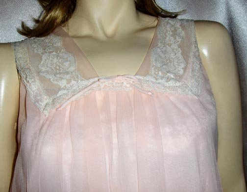 SWEET ANGEL Babydoll Pink DOUBLE CHIFFON Nylon Nightgown S. 60s glam