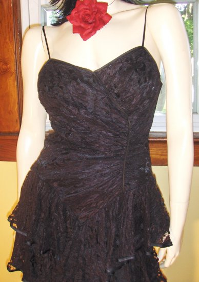 80s SEXY VAMP WICKED Black Tiered Ruffle Lace PARTY DRESS S.