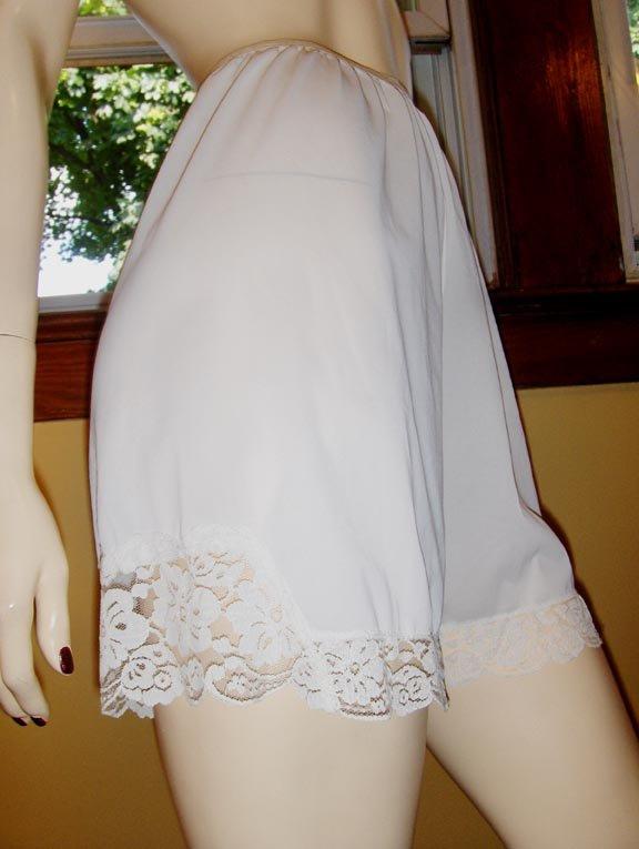 Vintage 60s Glam Nylon Lace Tap Panty Panty Slip S.