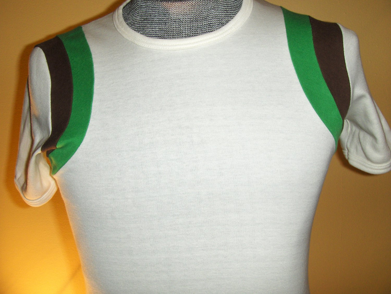 RARE Vintage 70s 80s CALVIN KLEIN Swanky Striped Urban Hipster Designer Muscle T Shirt  L.